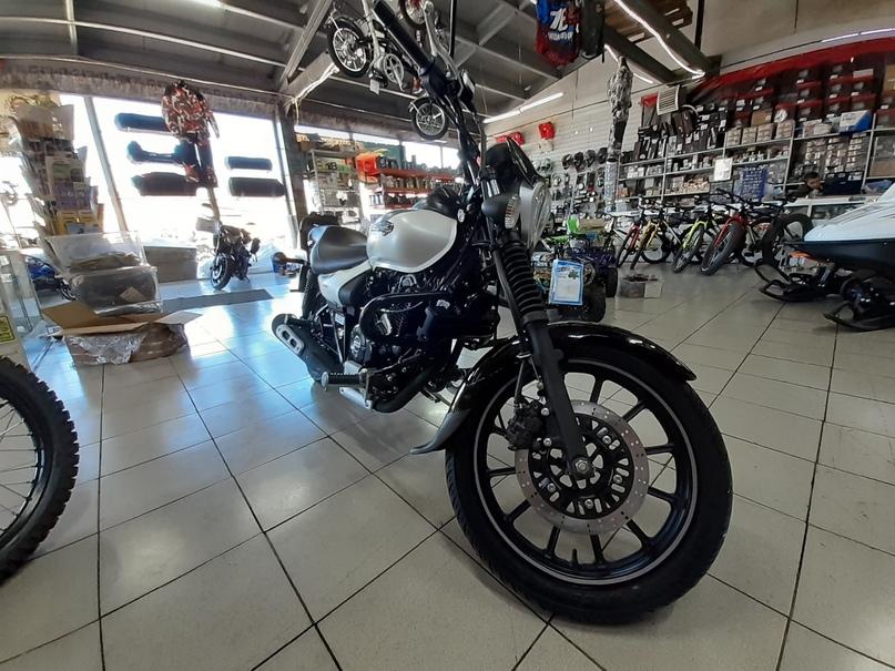 Обзор Мотоцикла BAJAJ Avenger 220 Street, изображение №1