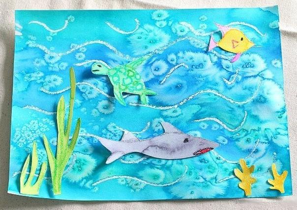 КАК НАРИСОВАТЬ МОРСКОЙ ПЕЙЗАЖ Для того чтобы нарисовать морской пейзаж, вам понадобятся: акварельные краски, восковые карандаши, бумага для акварели, соль, клей. Сначала белым восковым