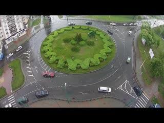 В Бресте водитель устроил дрифт на кольце бульвара Шевченко