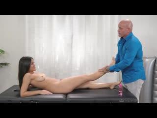 Kendra Spade - Naive Niece [All Sex, Hardcore, Blowjob, Massage]