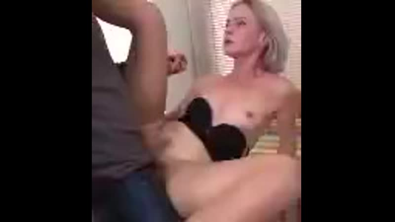 Hot-housewife-artemia-fucking-and-sucking-LOW_7020.mp4
