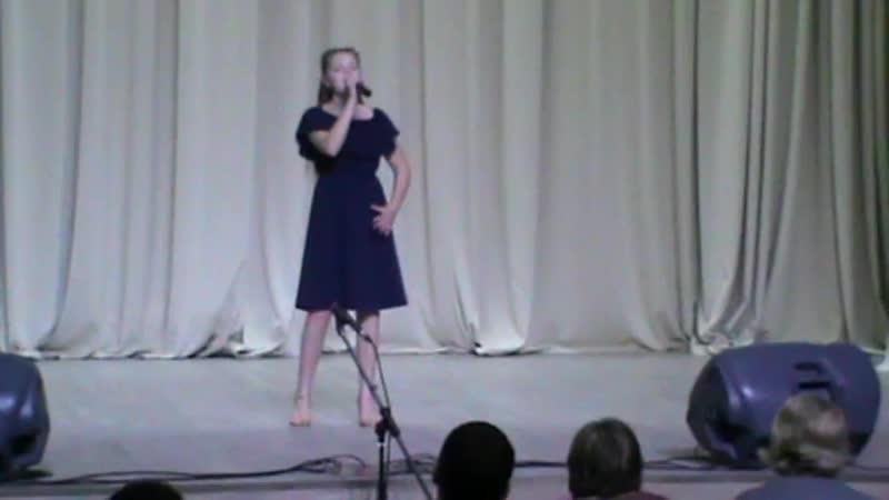 Моя ученица Валерия с песней Новогодняя - 2 место на конкурсе Зимний калейдоскоп - 2019