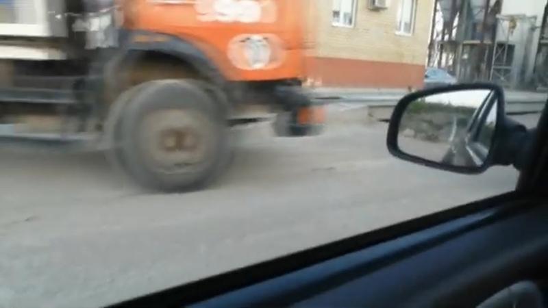 Поехал автобетоносмесители КАМАЗ и самосвал КАМАЗ