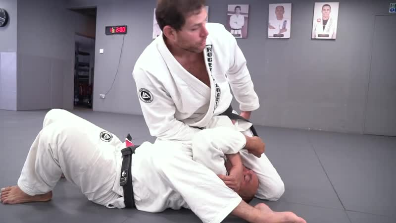 Roger Gracie Finish More Armlocks With Proper Weight Distribution