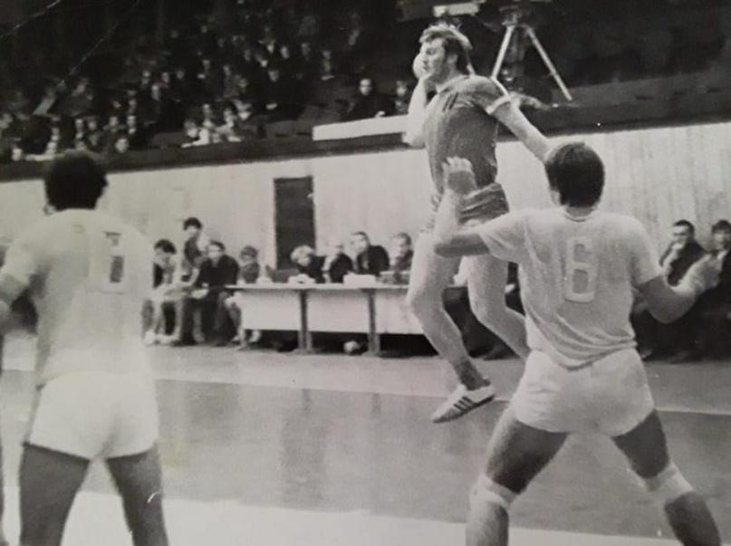 Матч в Алитусе против ЗИИ. В коронном прыжке Владимир Степанов
