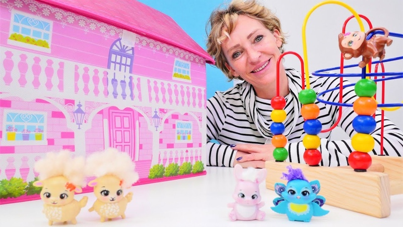 Nicoles Spielzeug Kindergarten. Zahlen und Farben lernen mit Enchantimals Spielzeugen.