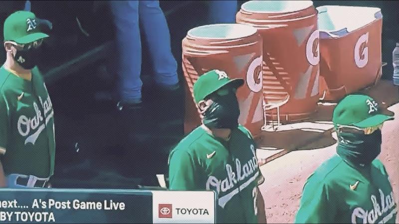 Тренер бейсбольного клуба Oakland Athletics очень интересно приветствует свою команду
