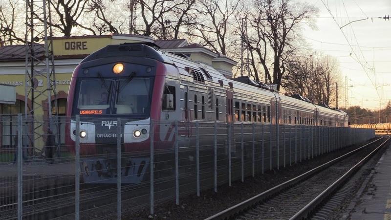Дизель поезд ДР1АЦ 185 187 на ст Огре DR1AC 185 187 DMU at Ogre station