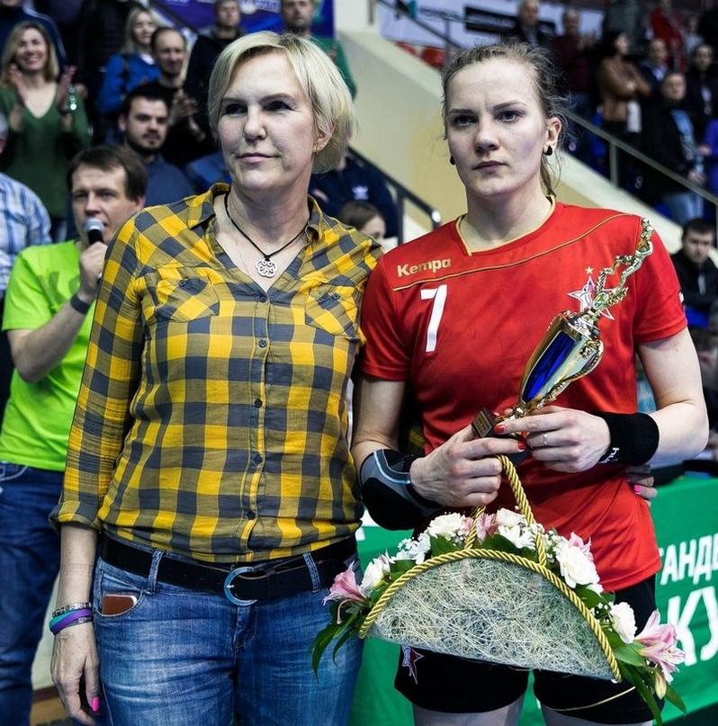 """Светлана Розинцева: """"И сегодня сыграю, если потренируюсь. Вратарям много бегать не надо"""", изображение №2"""