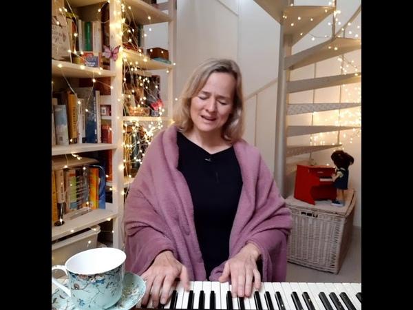 Таня Канфета Cabernet Deneuve Te extraño Marta Gomez cover version for piano and voice
