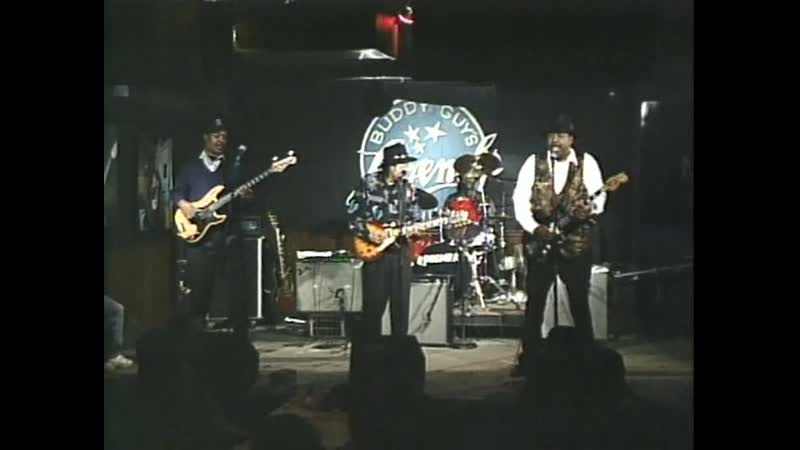 MAGIC SLIM and Guests (Buddy Guys Legends, Chicago)