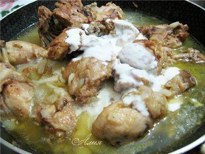 Фото: Гедлибже (курица в сметане по-кабардински)