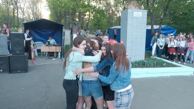 Поздравление для Веты Закотновой от 3 группы