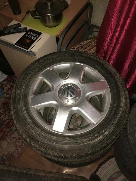 Цена: 20000 торга НЕТ!!! ● Город и район:     Продам комплект колес. R18.