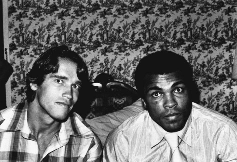 Apнольд Швaрценеггер вмеcте с Муxаммедом Али. CША. 1970-e.