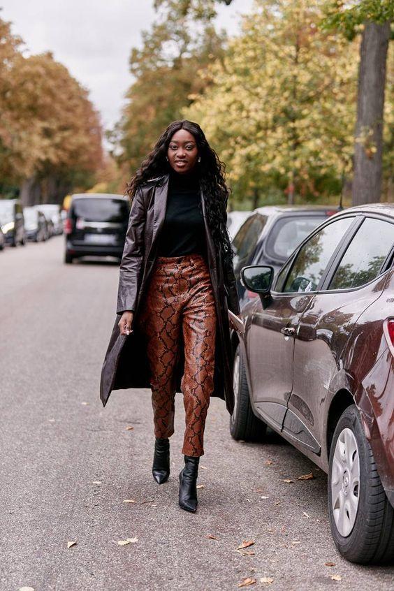 10 идей как стильно носить кожаные брюки в этом сезоне