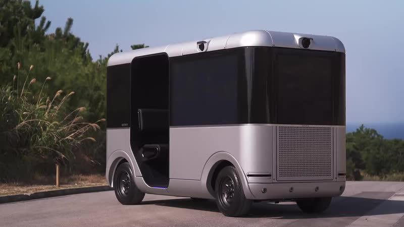 Беспилотный автобус от Sony и Yamaha с экранами вместо окон