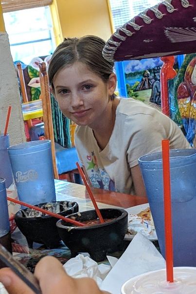 Мачеха задушила девочку за браслет Аманда Кармак, 34 года, призналась в убийстве, но не смогла объяснить, почему убила свою 10-летнюю падчерицу Скайли Кармак. Вместо этого она сказала полиции,