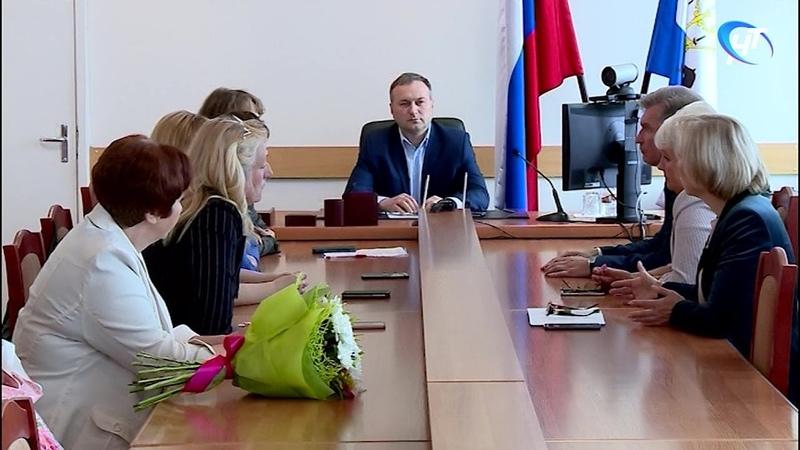 Смогут ли новгородские школы вернуться к привычному режиму работы, будет зависеть от эпидобстановки