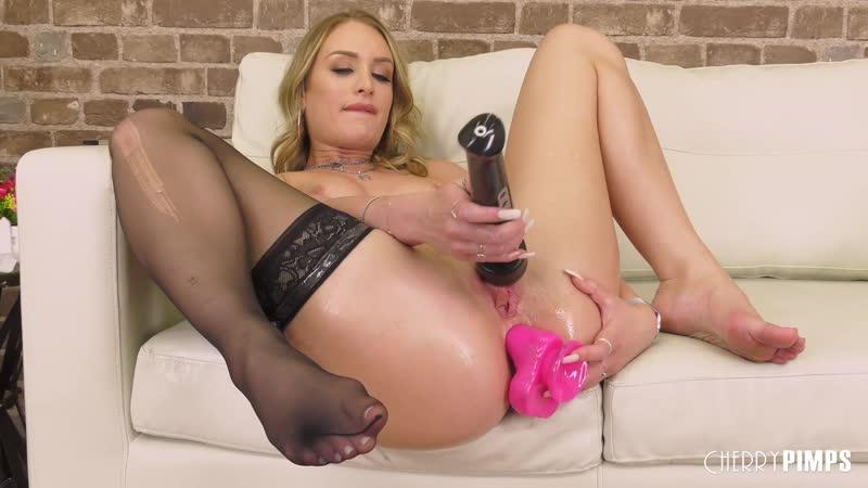 Blonde Teen Big Tits Dildo