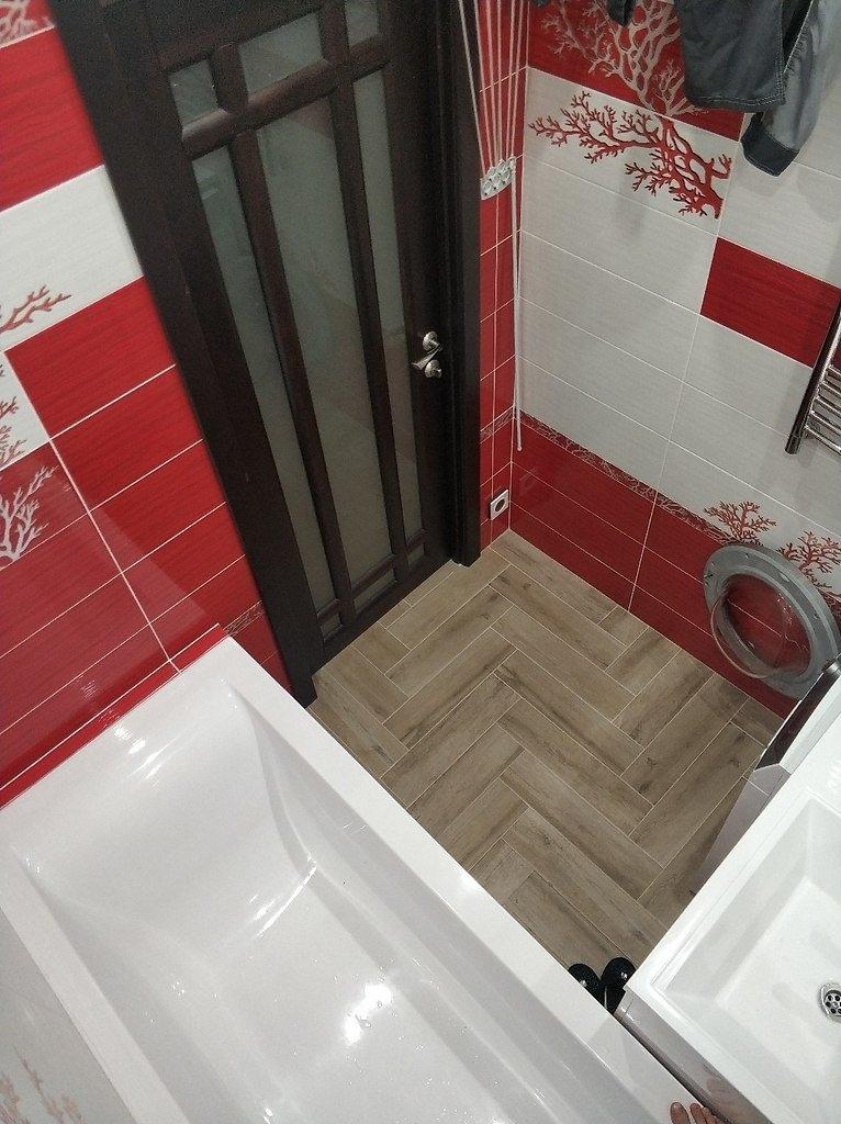 Вот такой ремонт маленькой ванной у нас получился. Осталось поменять душ - будет тропический )) И поставить стеклянную перегородку. А так, всё готово