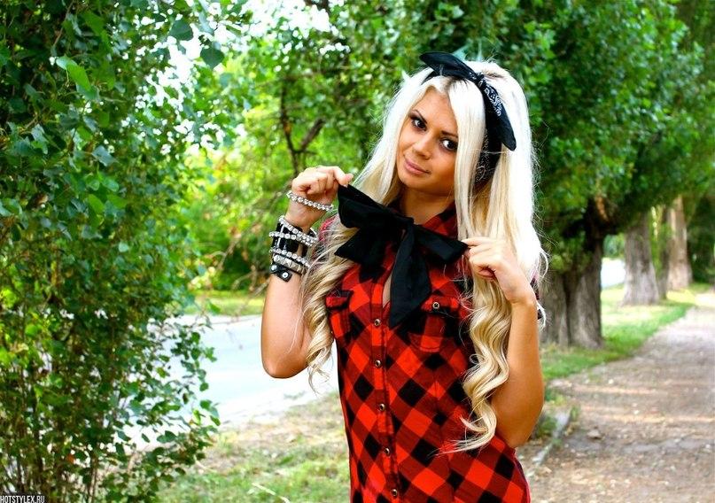 Картинки девушек на аву красивые крутые блондинка