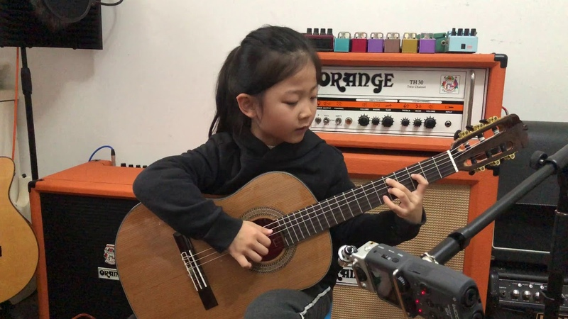 Fly me to the moon By A girl six years old Bossanova guitar playing INS @miumiuguitargril