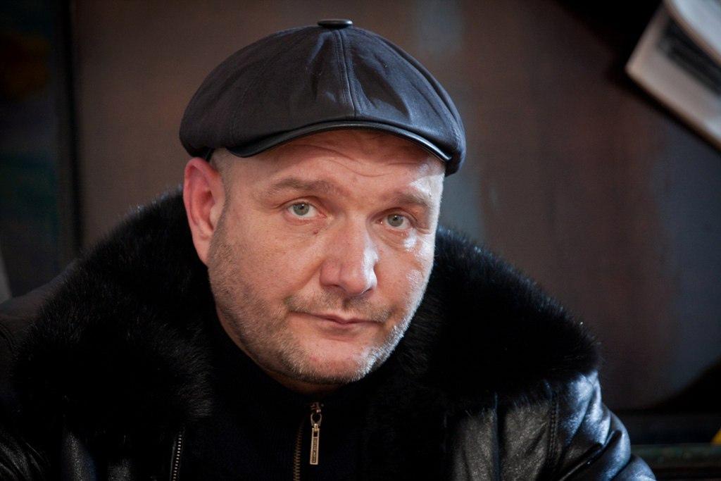 Сегодня свой день рождения отмечает Быковский-Ромашов Дмитрий Анатольевич.