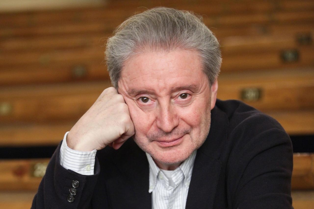Сегодня 80 - летний юбилей отмечает Смехов Вениамин Борисович.