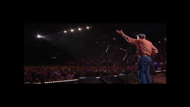 Pete Seeger Leads Amazing Grace