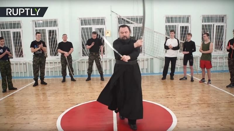 Ямальский священник исполнил танец с холодным оружием