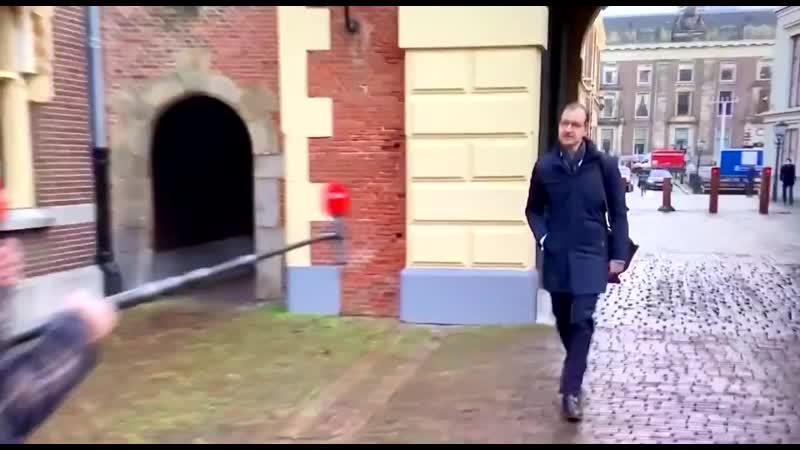 Ralf Sluijs - De arrogantie van VVD regent Wiebes is echt stuitend. Ooh wat willen we toch graag perspectief hebben, zegt hij