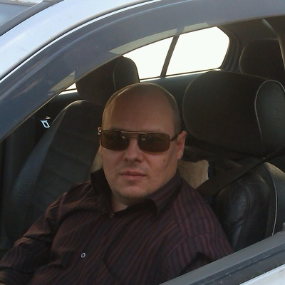 Роман Краев