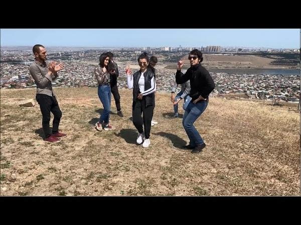 Девушки Танцуют Красиво Круто В Баку 2020 Лезгинка Чеченская Мадина Юсупова ALISHKA Чеченская Песня