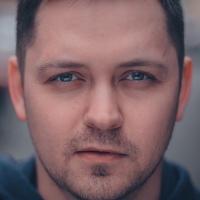 Антон Харламов