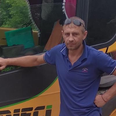 Синицын, 34, Maloarkhangel'sk