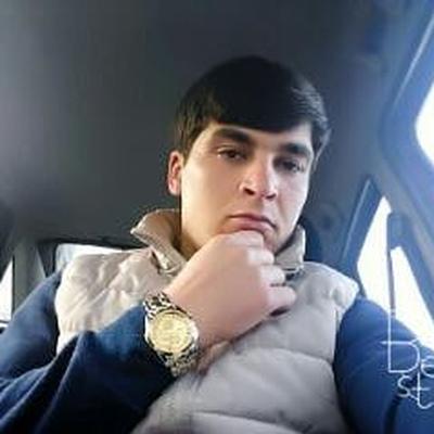 Сухроб Шарипов