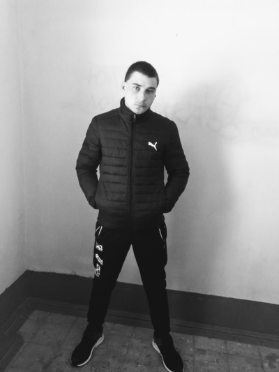 Артём, 26, Gubakha