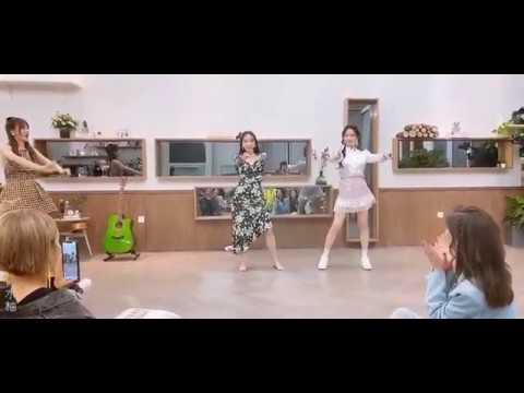 Wang Fei Fei and Meng Jia Bad Girl Good Girl Miss A