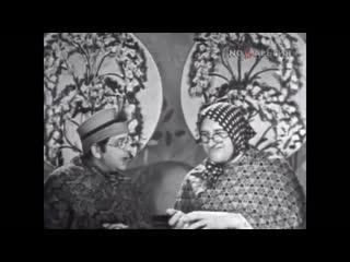 Первое  выступление легендарных бабушек 1977 г. Вероника Маврикиевна и Авдотья Никитична. (В.Тонков и Б.Владимиров)
