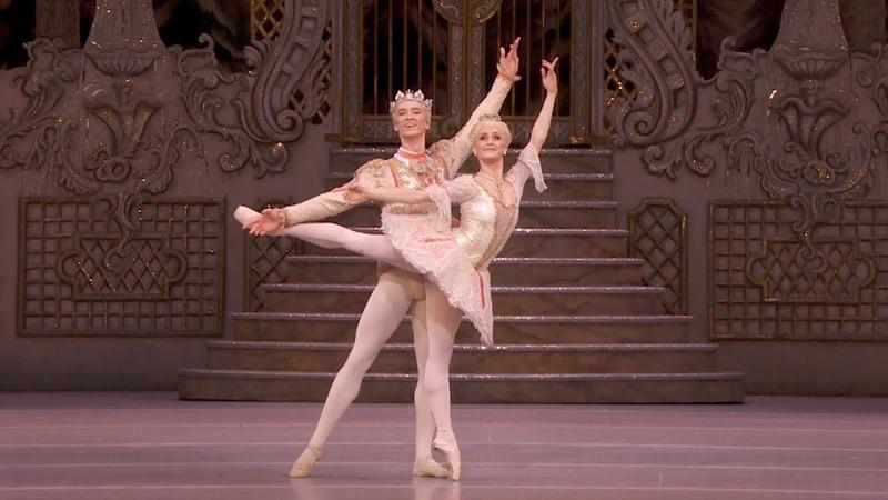 The Nutcracker Sugar Plum pas de deux Adagio Nuñez Muntagirov The Royal Ballet