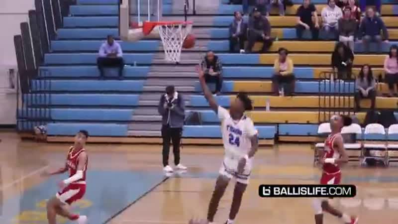 Mikey Williams Gets a KOBE TATTOO Then Puts On a SHOW While Wearing Kobe s Nasty Ankle Breaker mp4